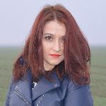 Blogger     Catalina Coman - Blogger.