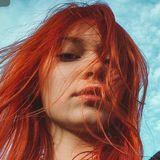 Blogger Gales Alexia - Influencer pentru dezvoltare personala.